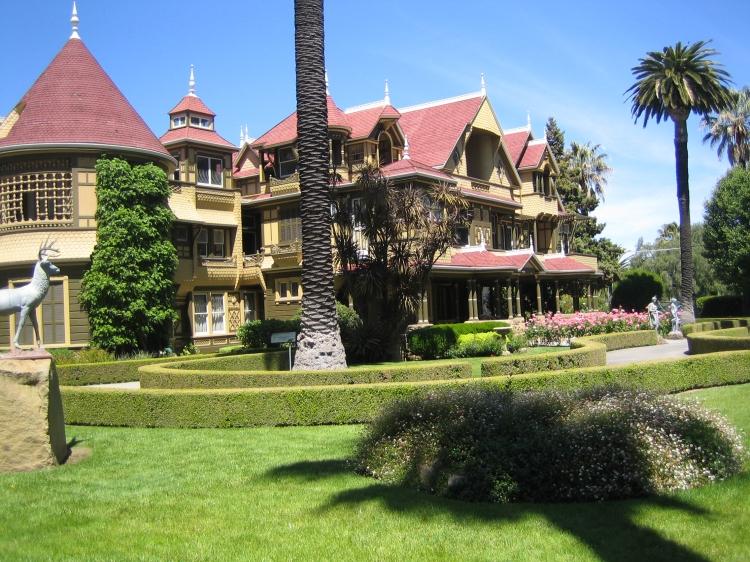 Winchester Mystery House (c) ridingsilky