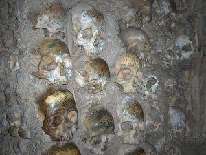 Skulls embedded in the Chapel's walls (c) JoJan