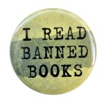 i_read_banned_books_-_button_pin_badge_1_1_2_inch_46ca04c4